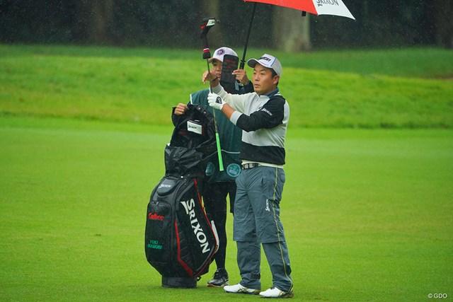 堅実なゴルフで優勝を目指す稲森佑貴