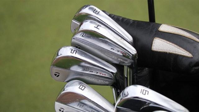 2020年 PGAツアーオリジナル タイガー・ウッズ ウッズ使用のアイアン(提供:GolfWRX、PGATOUR)