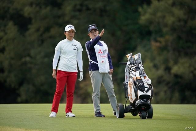 2020年 樋口久子 三菱電機レディスゴルフトーナメント 初日 沖せいら キャディは佐伯三貴プロ、上位狙いますよ~