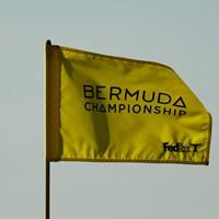 風にはためくフラッグ(Gregory Shamus/Getty Images) 2021年 バミューダ選手権 初日 フラッグ