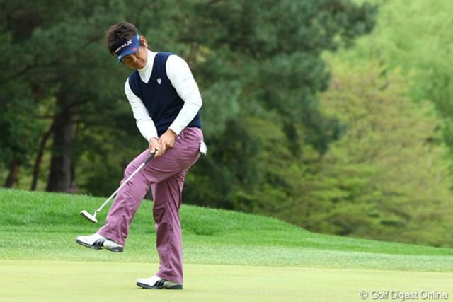 2010年 つるやオープン 2日目 藤田寛之 パットが決まっていたら、もっとスコアを伸ばしていた藤田寛之