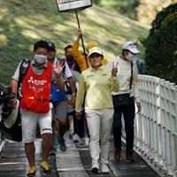 Vサインのはずが・・・ 2020年 樋口久子 三菱電機レディスゴルフトーナメント 最終日 勝みなみ