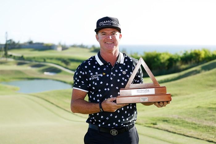 ブライアン・ゲイが2013年以来の優勝を果たした(Gregory Shamus/Getty Images) 2021年 バミューダ選手権  最終日 ブライアン・ゲイ