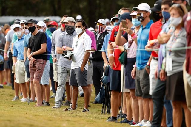 2021年 ビビント ヒューストンオープン 初日 ギャラリー 米本土では8カ月ぶりのギャラリー入場。みんなマスクを着けて観戦(Maddie Meyer/Getty Images)