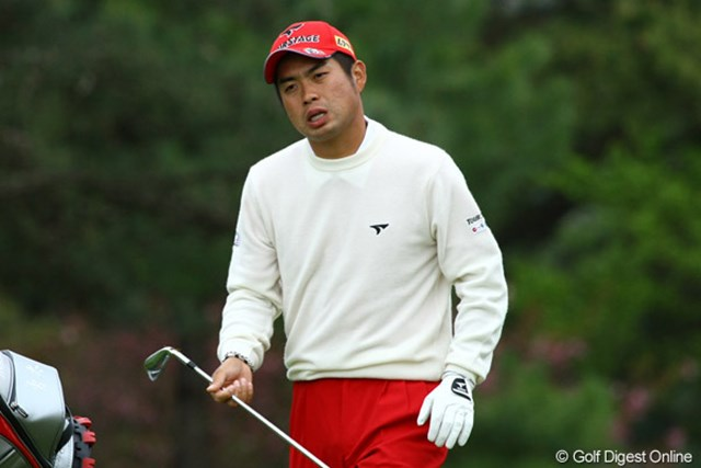 2010年 つるやオープン 2日目 池田勇太 この日はこんな表情が多かった池田勇太。4バーディ、4ボギーで58位タイと出遅れぎみ