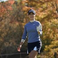 笑顔でカメラに向っ手をふるキム・ハヌル 2020年 伊藤園レディスゴルフトーナメント 最終日 キム・ハヌル