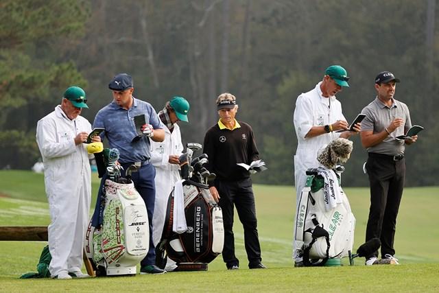 2021年 マスターズ 最終日 ブライソン・デシャンボー 最終日はランガーらと同組となったデシャンボー(提供:Augusta National Golf Club)