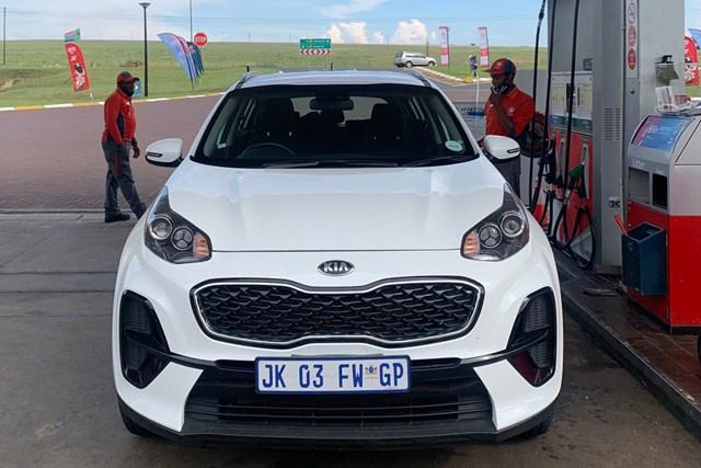 2020年 アルフレッド・ダンヒル選手権 事前 南アフリカのレンタカー ドキドキしたレンタカー移動。日本と同じ左車線、右ハンドルです