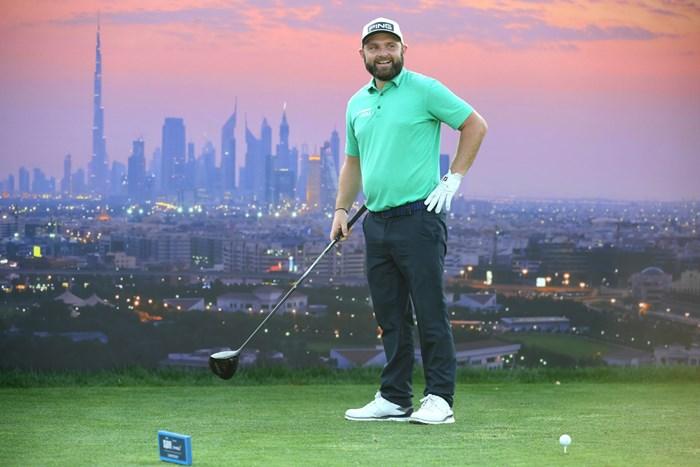 好調なプレーを続けるサリバン(Ross Kinnaird/Getty Images) 2020年 ゴルフ in ドバイ選手権 by DPワールド  2日目 アンディ・サリバン