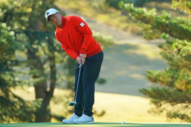 2020年 ゴルフ日本シリーズJTカップ  2日目 小斉平優和 小斉平優和が11月「三井住友VISA太平洋マスターズ」に続いて首位タイで週末を迎える