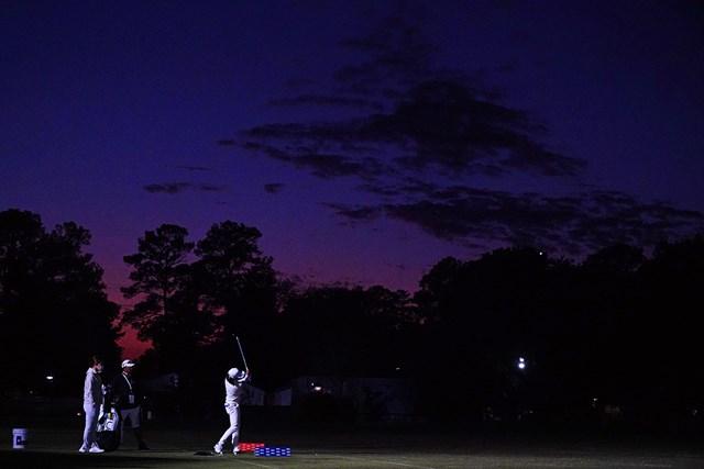 2020年 全米女子オープン 3日目 渋野日向子 日没後の練習場。最後の最後まで調整した