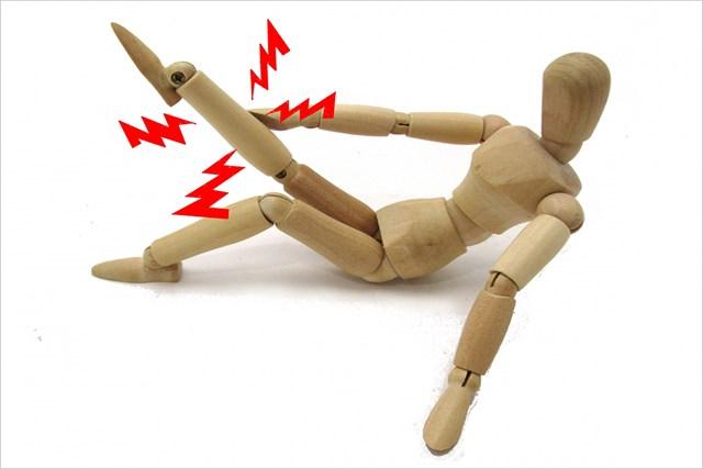 「足のつり」に効く予防策と対処法 突然の激痛に悶絶…(提供:写真AC、クリエーター:bBearさん)