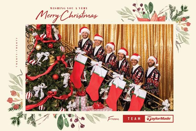 2020年 テーラーメイド クリスマスカード タイガー・ウッズ(右から2人目)らが並ぶテーラーメイド社のクリスマスカード