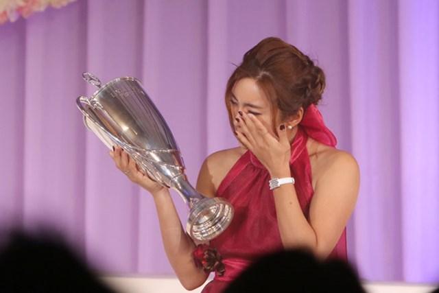 2020年 イ・ボミ 感極まって涙を流すイ・ボミ(写真は2015年LPGAアワード)