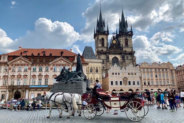 プラハ チェコ・プラハの街並み。おとぎの国みたい