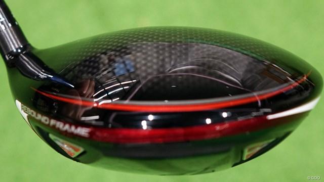 スリクソン ZX7 ドライバーを筒康博が試打「SIMではなくSIM MAX似」 クラウンの薄肉化とカーボンの複合面積を拡大