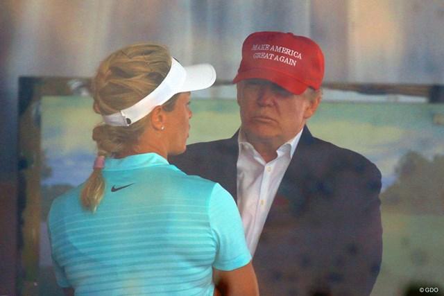 2017年 全米女子オープン ドナルド・トランプ大統領 2017年「全米女子オープン」でニュージャージー州ベドミンスターのトランプナショナルGCを訪れたトランプ大統領
