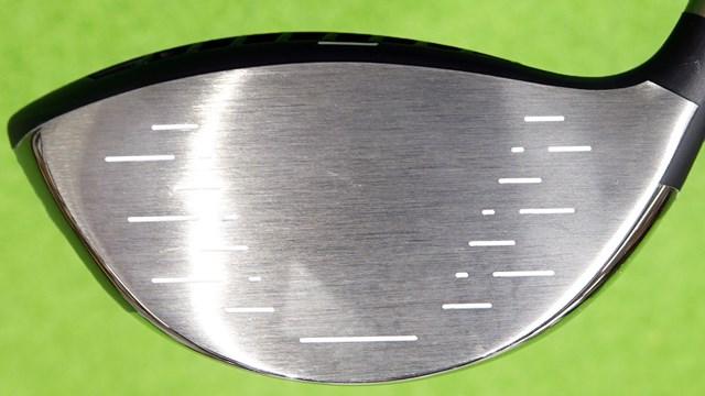 インプレス UD+2 ドライバーを西川みさとが試打「+方向性で正統進化」 6-4チタン素材を使用したシンプルなフェースデザイン