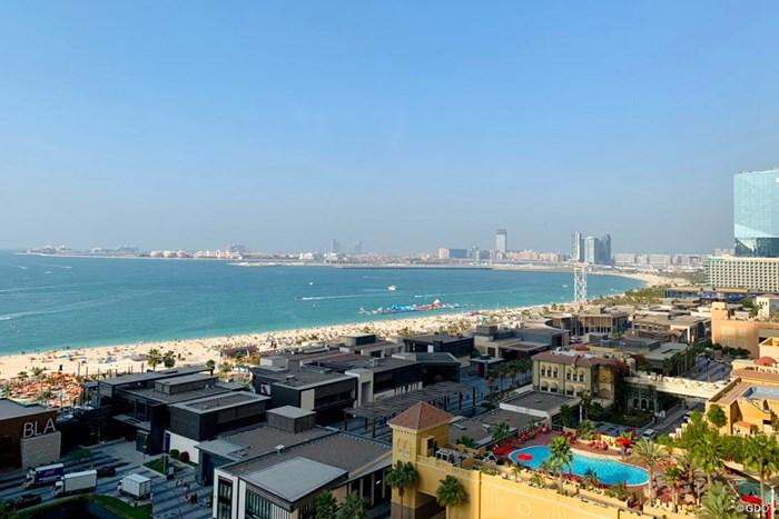 ドバイのホテルからの眺めも雄大です 2021年 オメガ ドバイ デザートクラシック 事前 ドバイの眺め