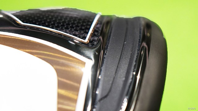 SIM グローレ ドライバーを万振りマンが試打「縦スピン増で安定感↑」 フェース下部の反発力を向上させる「貫通型スピードポケット」