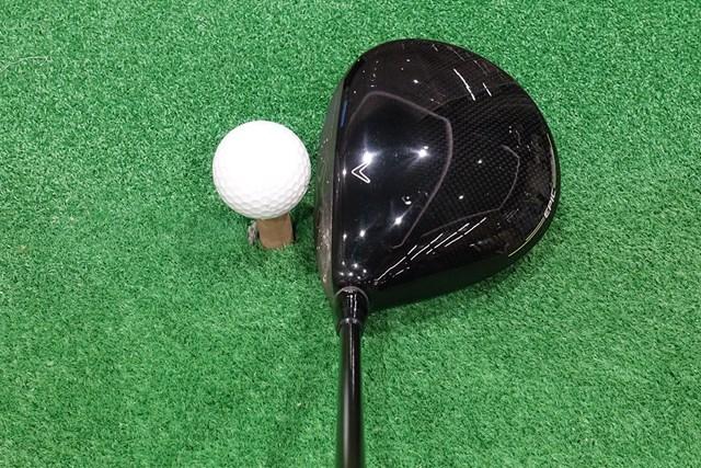 新製品レポート エピック SPEED ドライバー ハイバック形状のヘッドは、構えると小ぶりに見える。球筋を操作できそうな印象だ