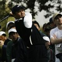 最終日に熱戦を繰り広げるも1打届かず(Stephen Dunn/Getty Images) 2004年 ニッサンオープン 最終日 丸山茂樹