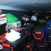 黒い箱は年間契約している選手の荷物箱。そのほかにも様々な荷物を運ぶ 2021年 ジェネシス招待 4日目 ハルク