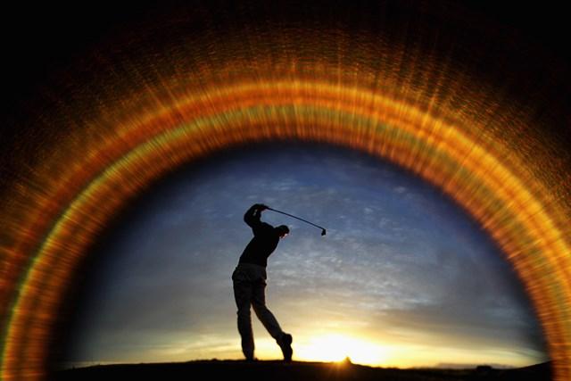 健康経営 健康になりながらゴルフも上達( Dean Mouhtaropoulos Getty Images)