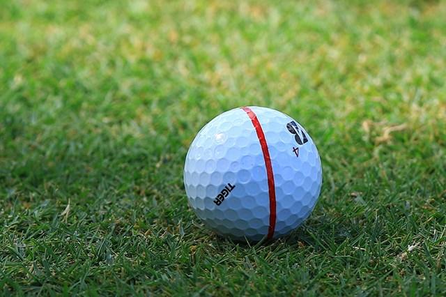2021年 WGCワークデイ選手権 4日目 ブライソン・デシャンボーのボール デシャンボーのボールには「TIGER」のオウンネームが