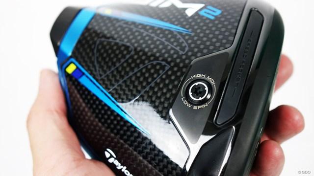 SIM2 ドライバーを筒康博が試打「前作SIMに一番近い」 ソールウエイト周辺には「HIGH MOI」「LOW SPIN」の文字