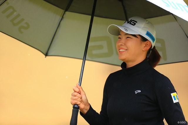 2021年 明治安田生命レディス ヨコハマタイヤゴルフトーナメント 初日 渋野日向子 笑顔も多かった初日のラウンド
