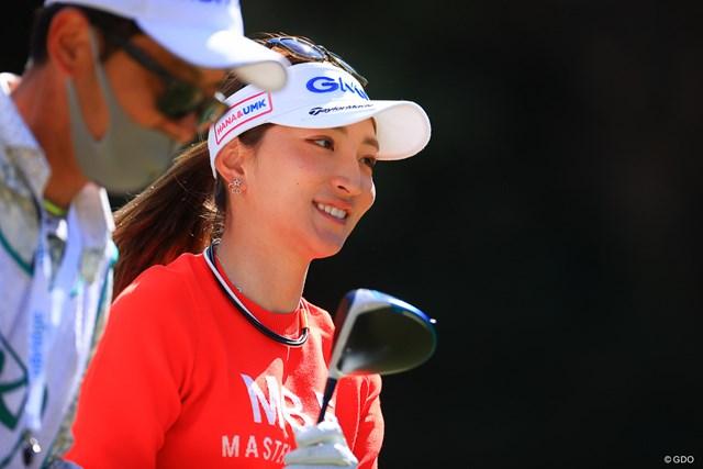 2021年 明治安田生命レディス ヨコハマタイヤゴルフトーナメント 2日目 脇元華 コースを華やかにしてくれる。華だけに。