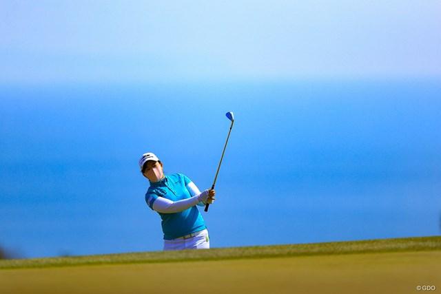 2021年 明治安田生命レディス ヨコハマタイヤゴルフトーナメント 最終日 武尾咲希 こんな写真が取れるのはゴルフだけ