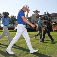 優勝したジャスティン・トーマス。カメラが一挙一動を追う(Ben Jared/PGA TOUR via Getty Images) 2021年 ザ・プレーヤーズ選手権 4日目 ジャスティン・トーマス