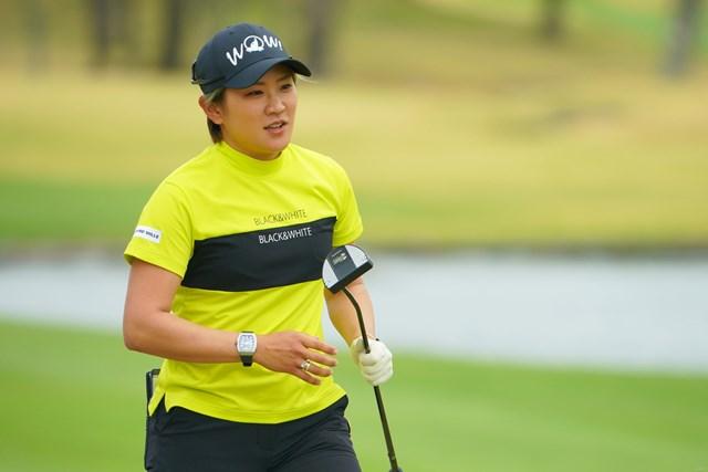 2021年 Tポイント×ENEOSゴルフトーナメント 初日 成田美寿々 2021年から新パターを投入した