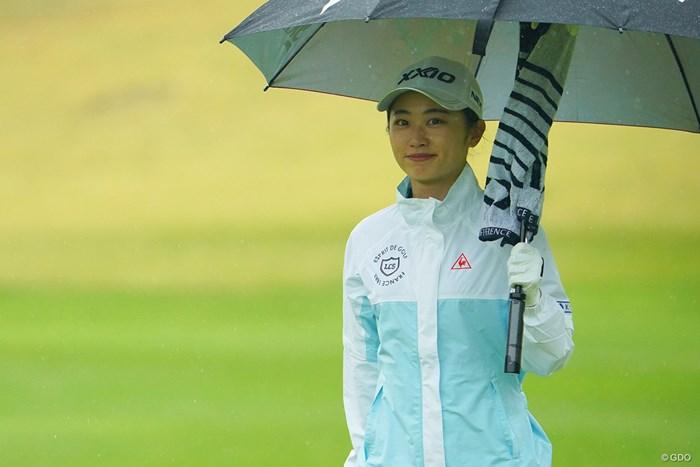 ニコっとね。癒やされますなぁ。 2021年 Tポイント×ENEOSゴルフトーナメント 2日目 安田祐香