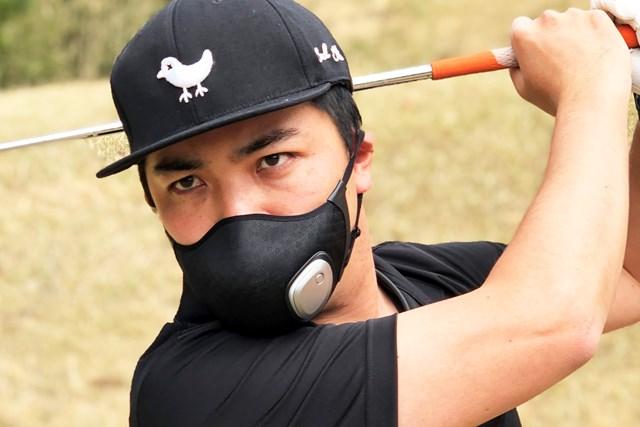 1万円の進化系マスクはゴルフ向き? 18Hプレーで徹底検証 「気分は戦隊ヒーロー」とDa-Birdさん