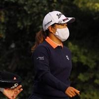 花粉症対策でスタートホールはマスクをつけてプレーした畑岡奈紗。大きく出遅れた 2021年 キア・クラシック 初日 畑岡奈紗