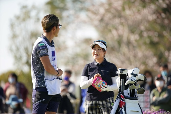 自然な感じもいいね! 2021年 アクサレディスゴルフトーナメント in MIYAZAKI 2日目 青木瀬令奈