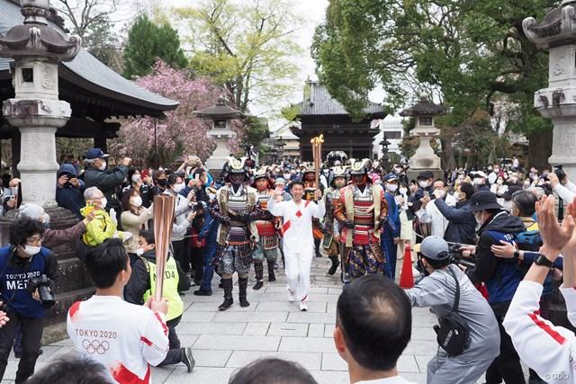 2021年 聖火リレー 3月28日、栃木県足利市の国宝・鑁阿寺(ばんなじ)を聖火が通った