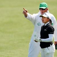 キャディのラムズバック氏との息もぴったり(提供:Augusta National Golf Club) 2021年 オーガスタナショナル女子アマ 最終日 梶谷翼 チャド・ラムズバック