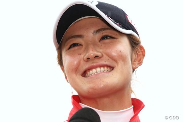 2015年 ヤマハレディースオープン葛城 最終日 渡邉彩香 念願のツアー2勝目に満面の笑み