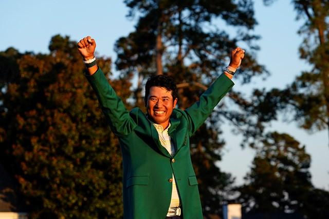 2021年 マスターズ 4日目 松山英樹 日本人として、アジア勢として初めてグリーンジャケットにそでを通した(提供:Augusta National Golf Club)
