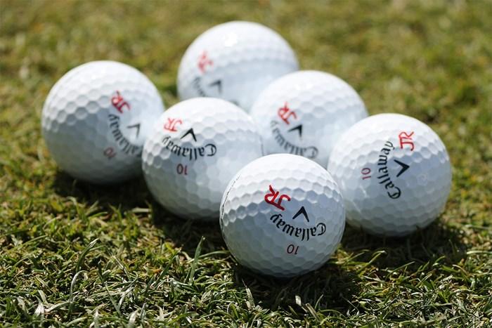 マスターズの練習日に見かけたジョン・ラームの使用ボール(Kevin C.Cox/Getty Images) 2021年 マスターズ 事前 ジョン・ラーム