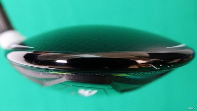 SIM2 MAX フェアウェイウッドを筒康博が試打「設計意図が明確」 「低重心にしているものの上半分の厚みがある点が◎」と筒
