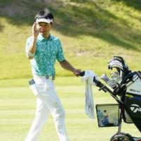 カメラの真似して追っかけっこだよ~ 2021年 関西オープンゴルフ選手権競技 初日 竹谷佳孝
