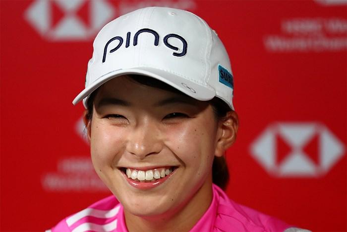 笑顔で会見に応じた渋野日向子(Yong Teck Lim/Getty Images) 2021年 HSBC女子チャンピオンズ 事前 渋野日向子