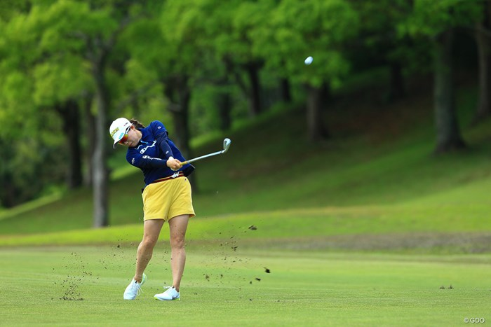 前回大会覇者 2021年 パナソニックオープンレディースゴルフトーナメント 初日 勝みなみ