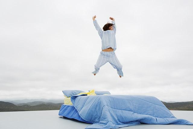 早起き 早起きは三文の徳(Getty Images)