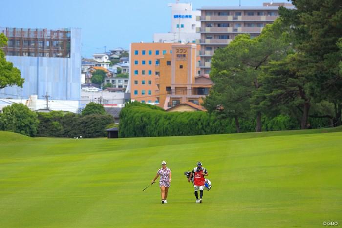 ほんとに街中にあるゴルフ場なんです 2021年 ほけんの窓口レディース 最終日 ささきしょうこ